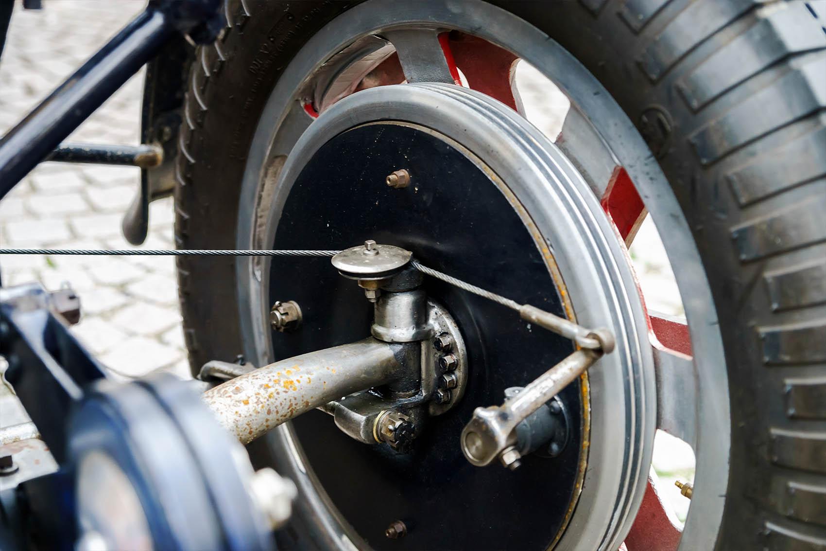 Bugatti Vehicle Clutch